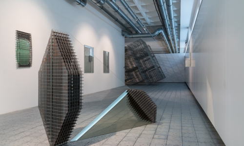 Rodák z Valašského Meziříčí představí v Galerii Kaple své skleněné objekty